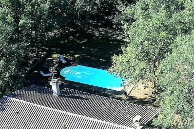 Constructeur de piscine 31410